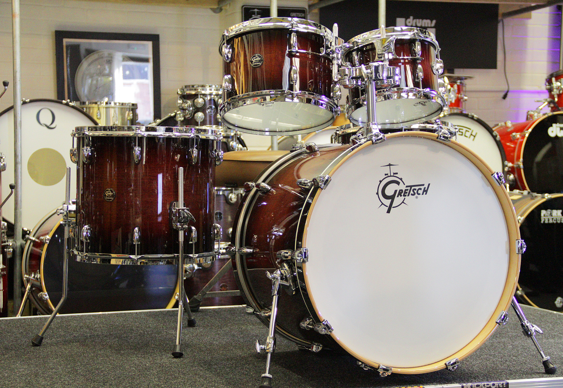 acoustic drum kits gretsch renown maple 4 piece shell pack cherry burst. Black Bedroom Furniture Sets. Home Design Ideas