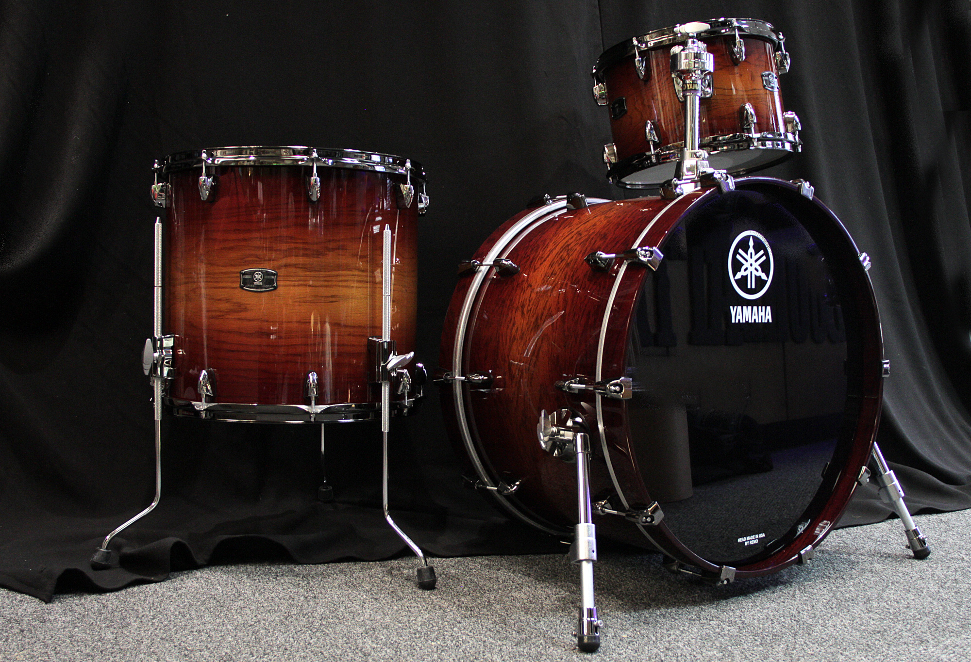 acoustic drum kits yamaha live custom 22 39 39 3 piece shell pack amber shadow. Black Bedroom Furniture Sets. Home Design Ideas