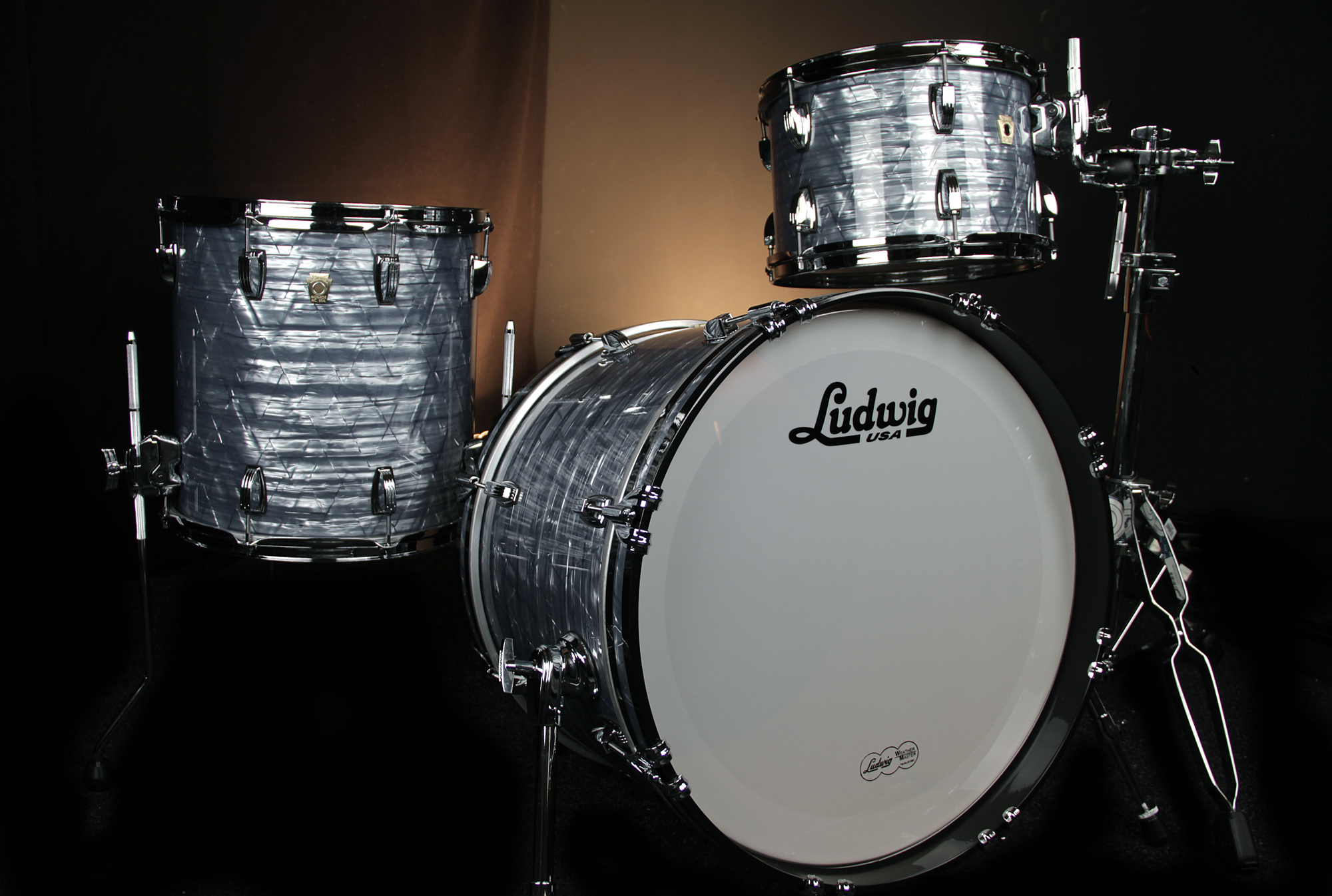 drums ludwig usa classic maple sky blue pearl. Black Bedroom Furniture Sets. Home Design Ideas