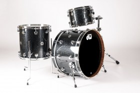 DW_Collectors_Black_Ice_CC_Drum_Kit_01