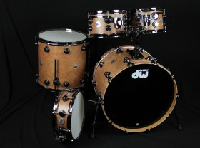 DW_collectors_Cherry_Spruce_Kit_01