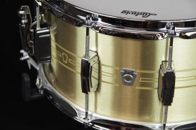 Ludwig_Heirloom_Brass_Snare_drum_02