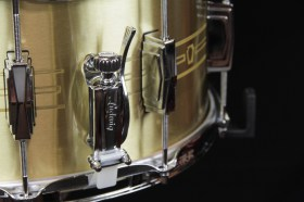 Ludwig_Heirloom_Brass_Snare_drum_03