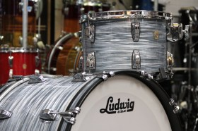 Ludwig_USA_Classic_Maple_FAb_22_Vintage_blue_oyster_02