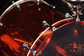 Natal_Acrylic_Red_221214ft16ft_Drum_kit_02