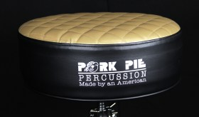 PorkPie_Duece_Throne_Round_Black_Gold_02
