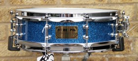 Pork_Pie_Piccolo_14x4_Snare_Blue_Glass_01