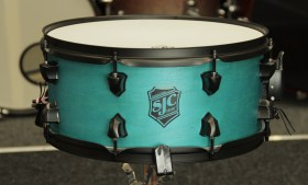 SJC_Pathfinder_Snare_Drum_Miami_Teal_01