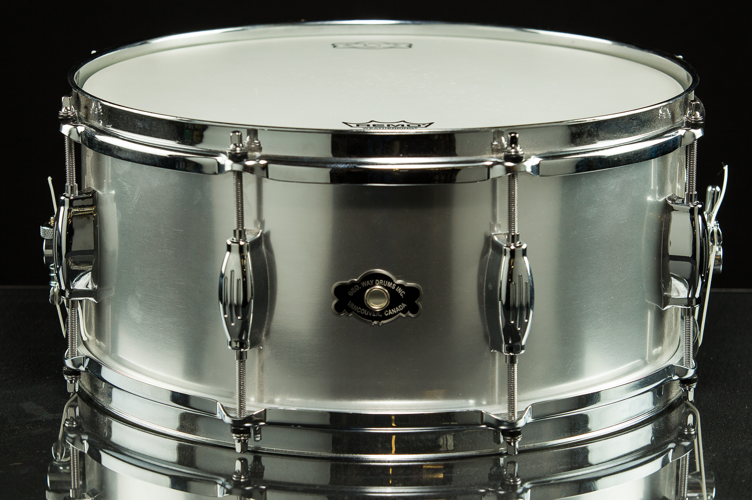 snare drums geo way 39 the aero 39 snare drum ultra thin seamless spun aluminum shell. Black Bedroom Furniture Sets. Home Design Ideas